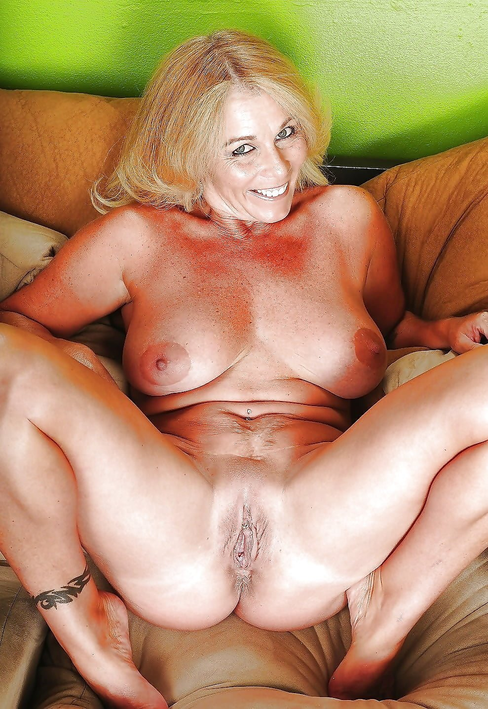 Old Milfs Nude